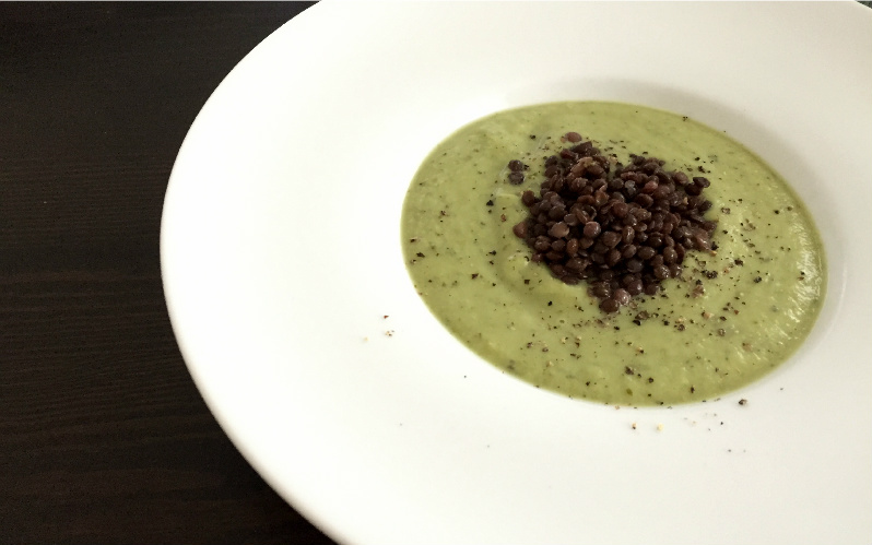 Beluga Linsen Broccolicremesuppe