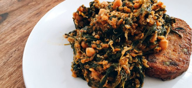 Quinoa-Linsen-Spinat Pfanne