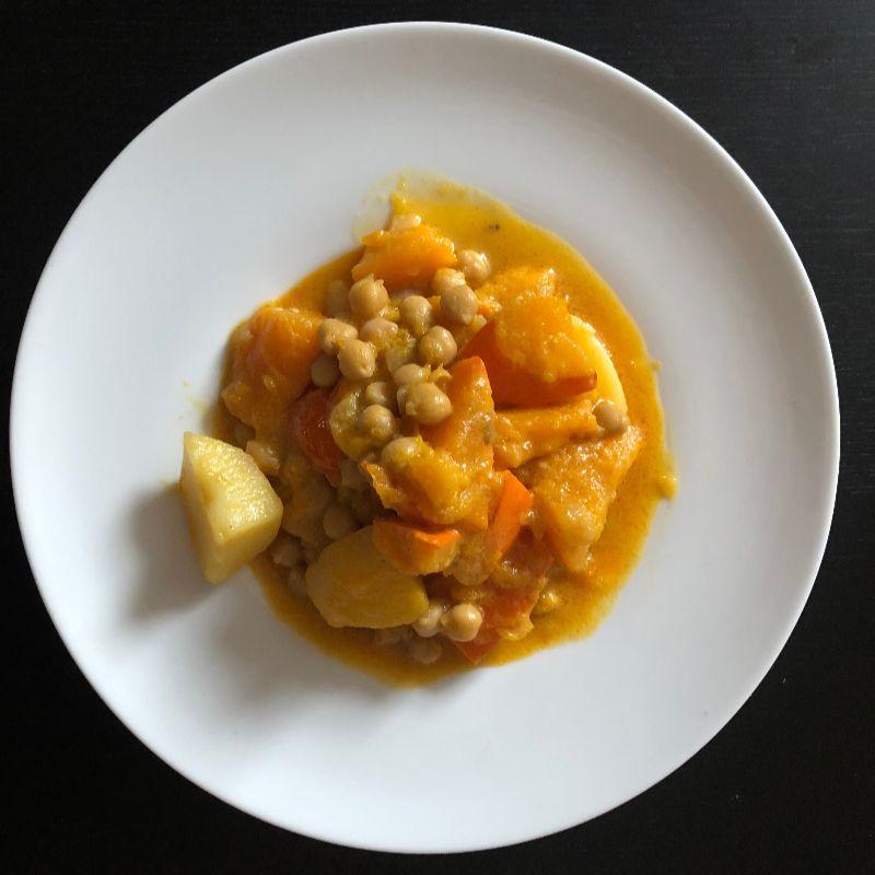 Indisches Kürbis-Kichererbsencurry